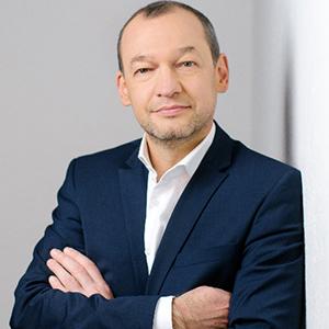 DR. HELGAR THOMIC-SUTTERLÜTI