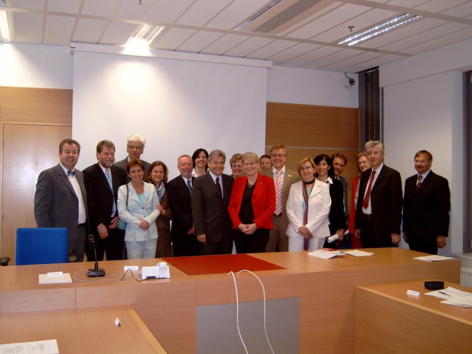 Treffen im neuen Justizzentrum in Wien